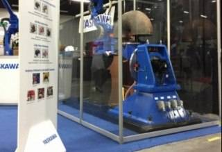 Yaskawa Canada custom plexi build at Canweld Expo 2016