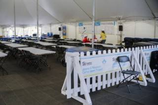 Cushioned floor for event tent rental